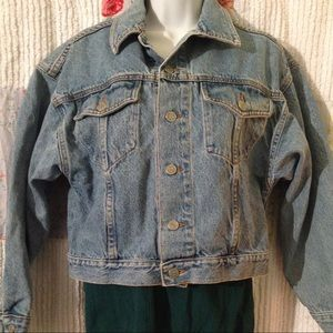 Woman's Bongo Jean Jacket Medium light wash